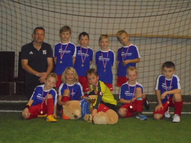2. Platz unserer F-Jugend beim Adventscup in der VFB Arena!!
